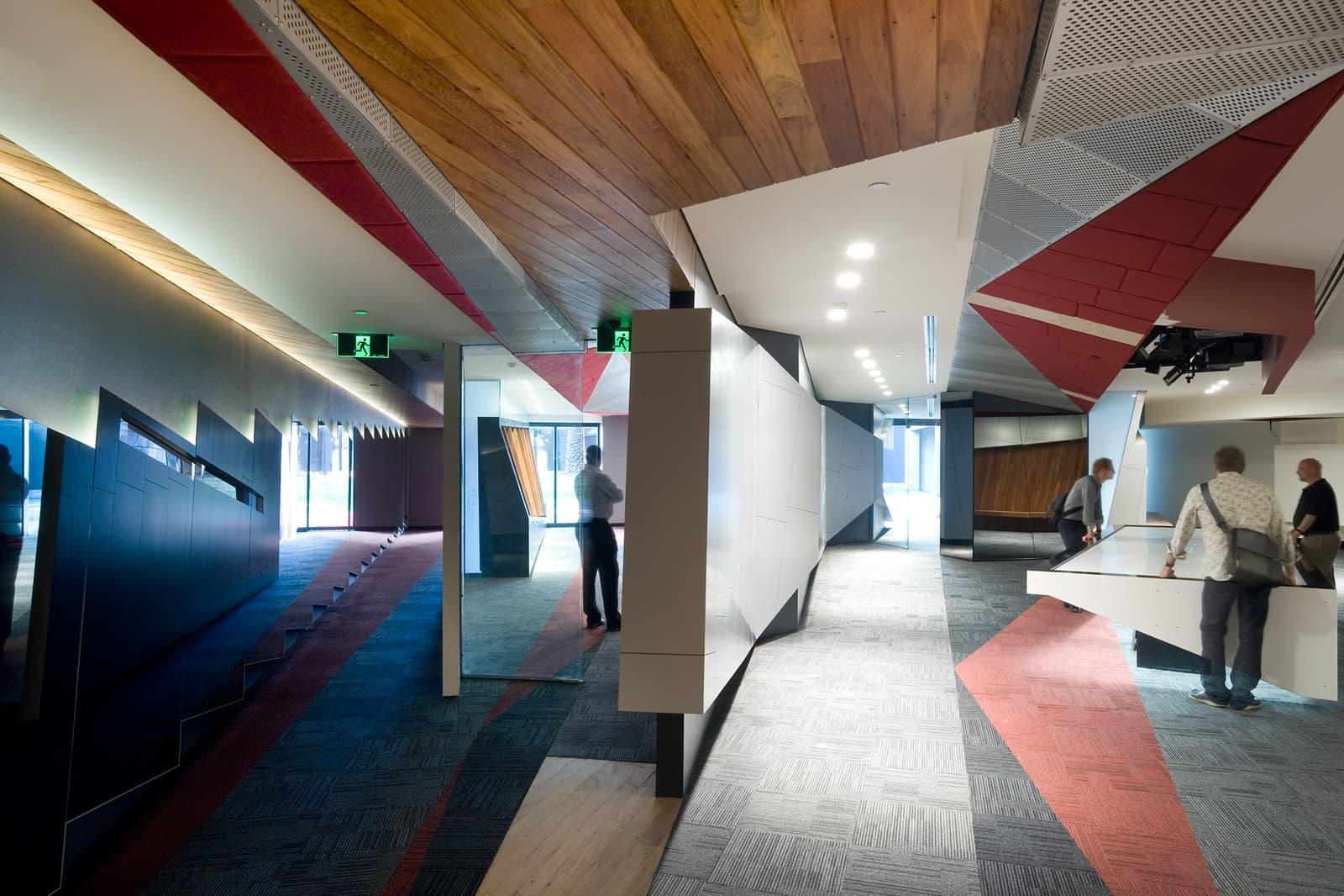 Anodised aluminium interior finishes at eureka-skydeck-02